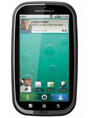 Motorola Bravo MB520 Front 2